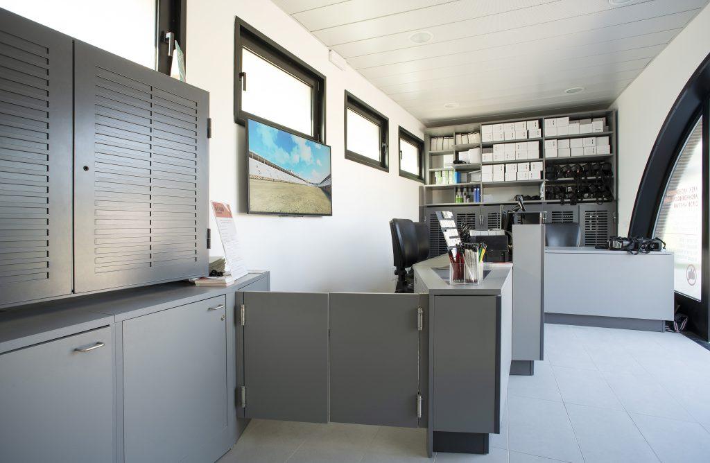 biglietteria circo massimo desk reception museo falegnameria arredamenti contract